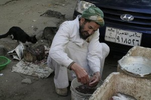 Egyptian worker; photo via Bikya Masr
