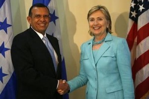 Honduran President Porfirio Lobo and U.S. Secretary of State Hillary Clinton