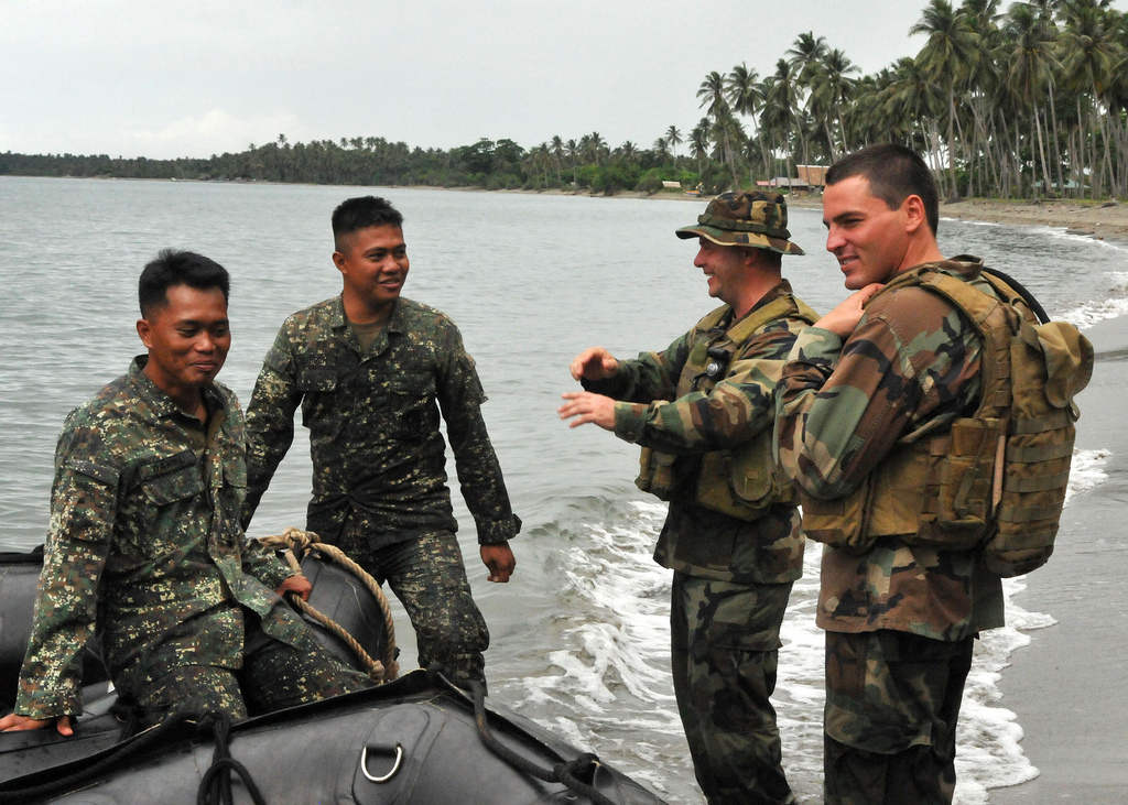 Obama in Asia: Washington Extracts Rent-free Basing from the Philippines