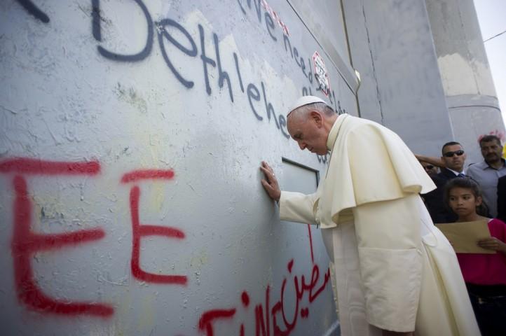 pope-francis-visit-israel-palestine-bethlehem-wall