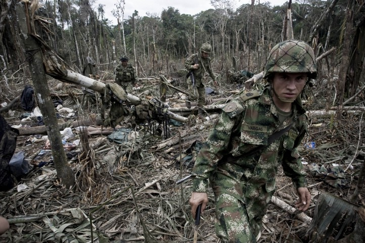colombia-civil-war-peace-talks-farc-drug-trade-aerial-fumigation