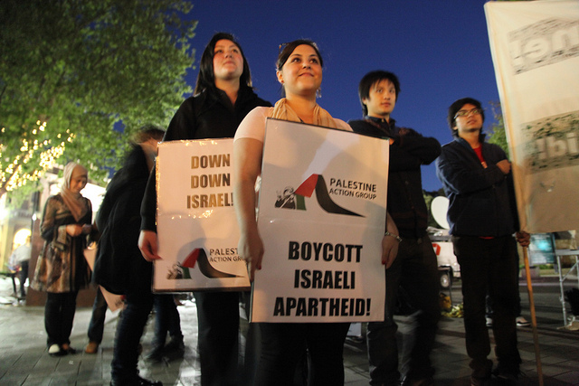 The popular boycott, divestment, and sanctions (BDS) movement against companies that profit from the Israeli occupation is popular in Malaysia. (Photo: Kate Ausburn / Flickr)