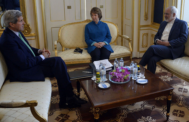 Iranian Foreign Minister Mohammad Javad Zarif, European Union High Representative Catherine Ashton, and US Secretary John Kerry during the E3/EU+3 talks with Iran on October 15. (Photo: Flickr Commons)
