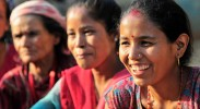 nepal-earthquake-relief-women