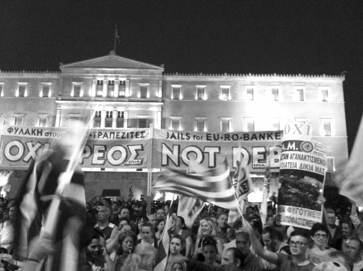 "A small section of the jam-packed June 29 crowd gathered outside parliament in support of a ""No"" vote on further austerity measures. (Photo: Kia Mistilis)"