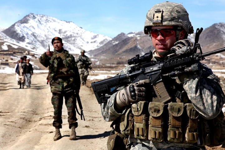 flickr_-_the_u-s-_army_-_patrol_in_afghanistan_1
