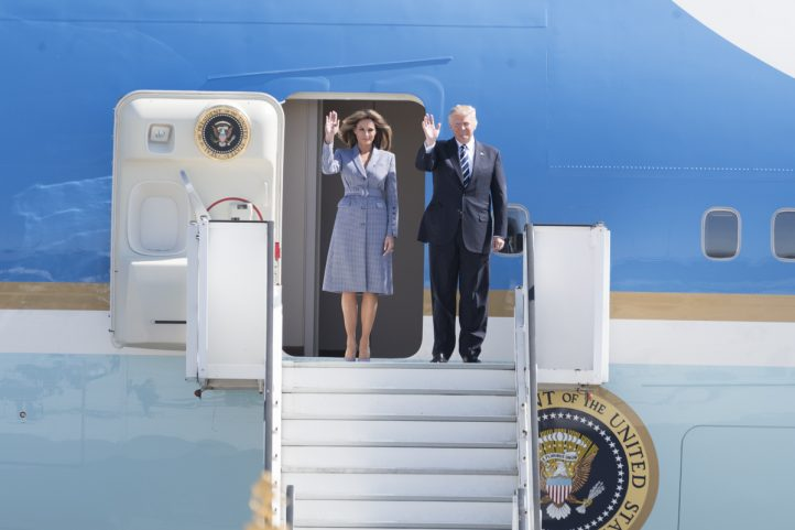 donald-melania-trump-air-force-one-nato