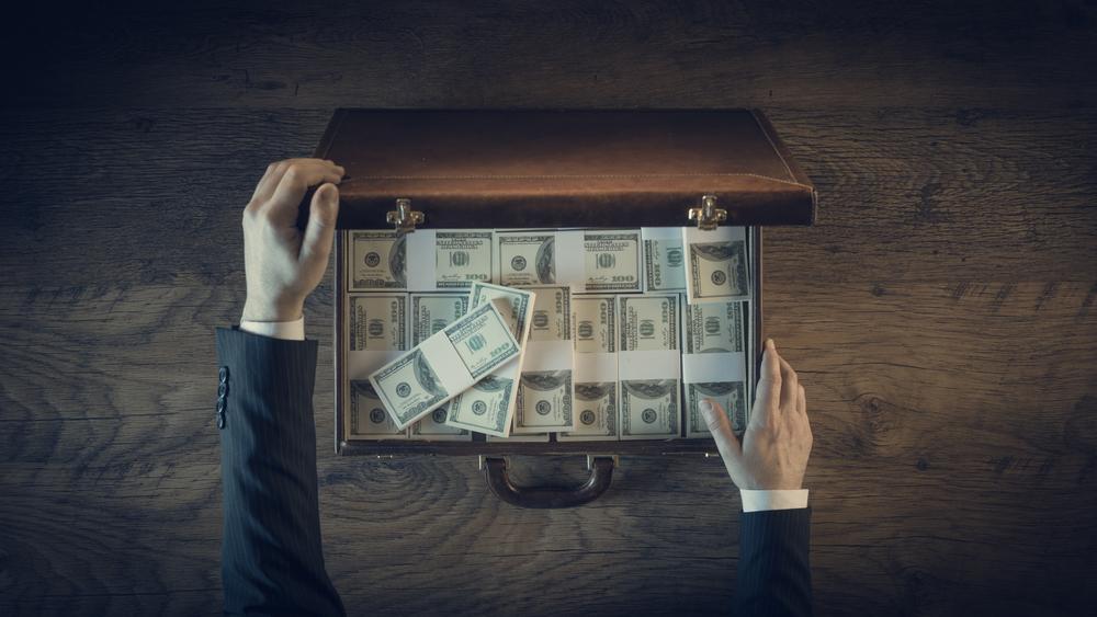 stolen-wealth-financial-flows-money-laundering-tax-evasion