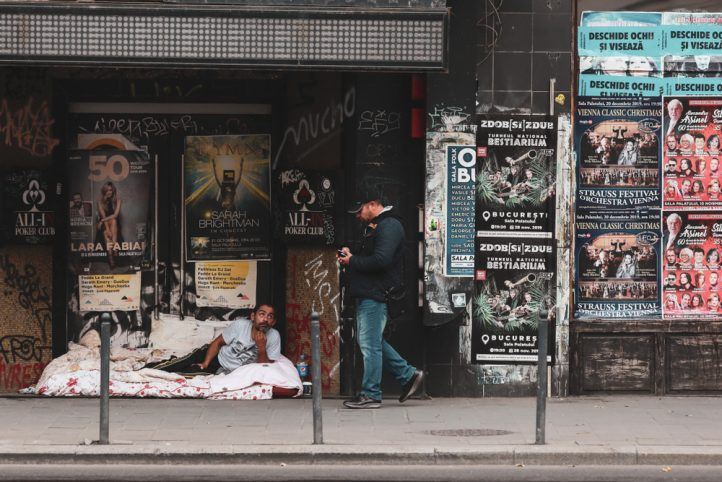 Poverty in Bucharest (Shutterstock)